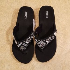 8461f34c6 Mixit Shoes - Mixit Black Beaded Thong Sandals in Size 6